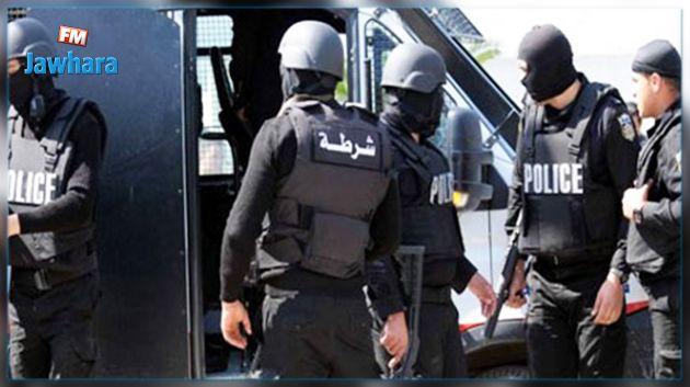 الكاف : إيقاف شخص بتهمة التحريض على أعوان الأمن