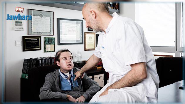 سابقة في تاريخ الطب : رجل بـ 3 وجوه