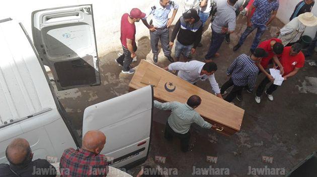 صور موجعة من صفاقس : عشرات العائلات يستلمون جثث أبنائهم