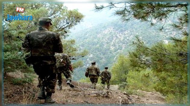 الجزائر : حجز أسلحة وذخيرة وكمية هامة من المتفجرات
