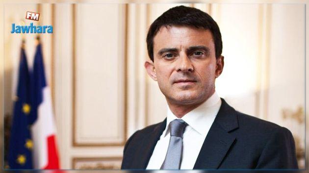 Remaniement : Manuel Valls remet les clés de Matignon à Bernard Cazeneuve