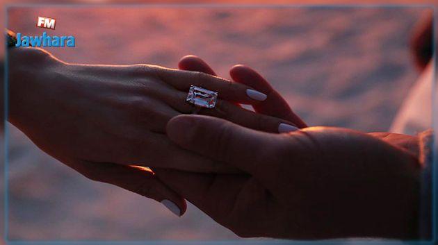 أليكس رودريجز يطلب الزواج من جينيفر لوبيز (صور)