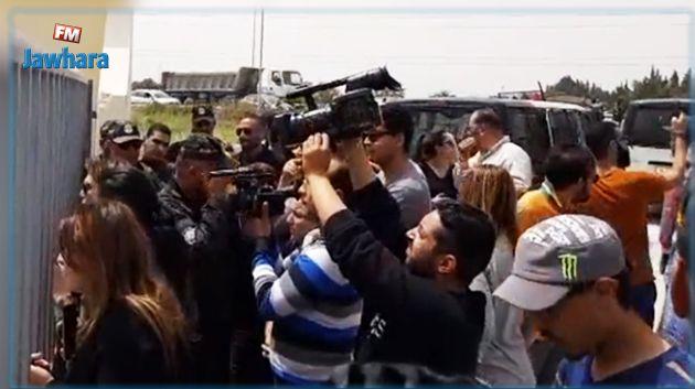خليفة بن سالم : الكل يعرف لماذا تم قطع البث على قناة