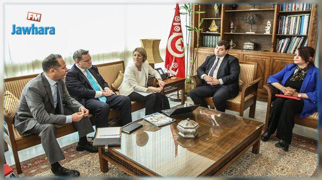 'توماس كوك' يزور تونس