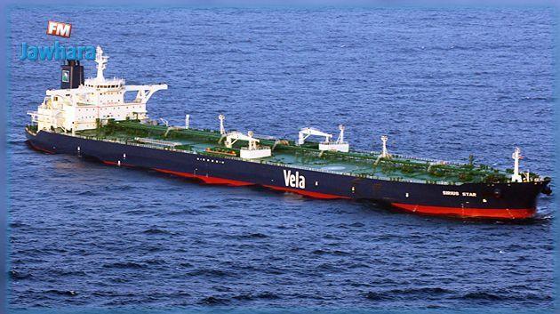 سفينة حربية بريطانية ترافق الناقلات في الخليج لحمايتها