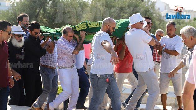 موكب تشييع جنازة فقيد السينما التونسية نجيب عياد
