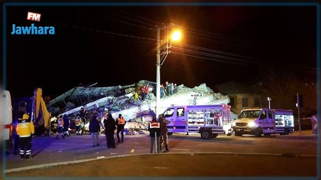 ارتفاع حصيلة ضحايا زلزال تركيا