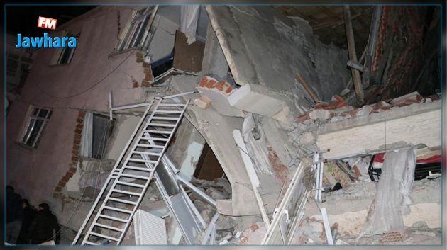 زلزال قوي يضرب تركيا : ارتفاع حصيلة الضحايا