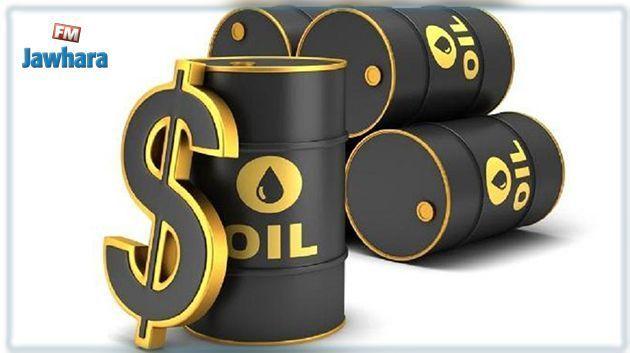 أسعار النفط تواصل الانهيار