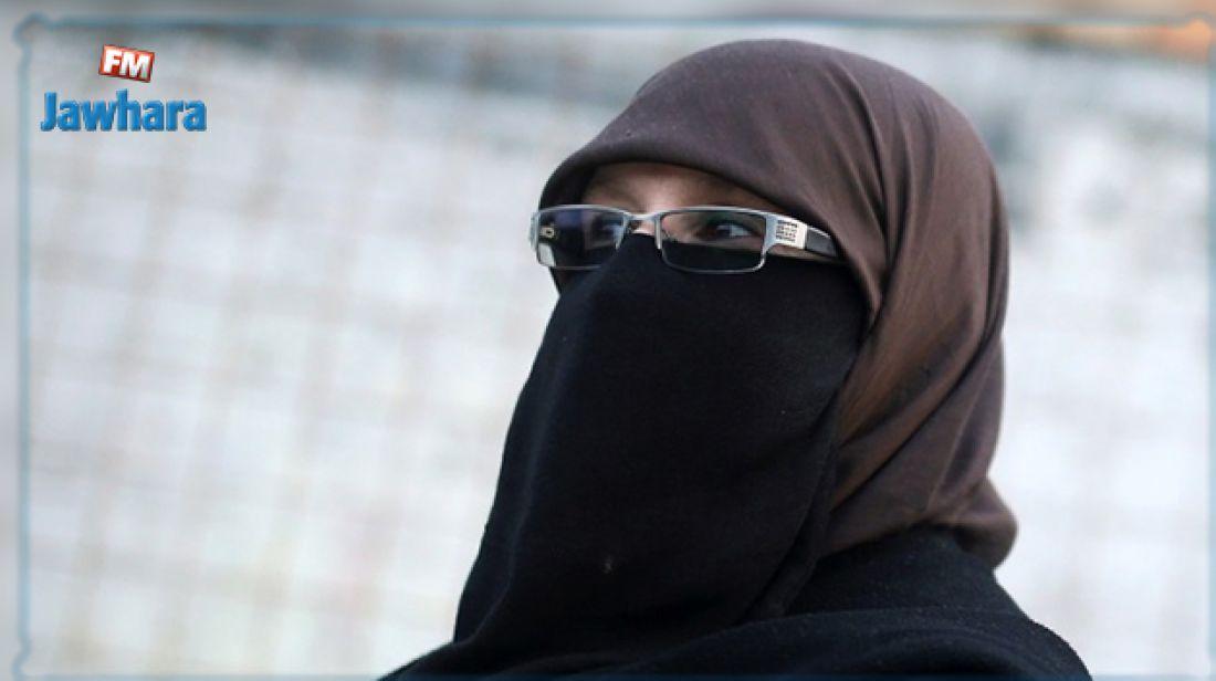 سويسرا تحث الناخبين على رفض حظر البرقع والنقاب في استفتاء مارس