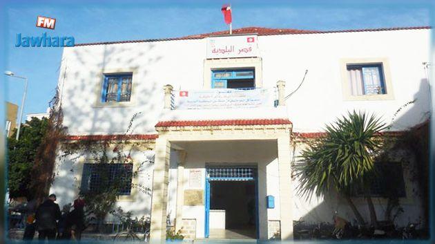 رئيس بلدية طبرقة يقدم استقالته