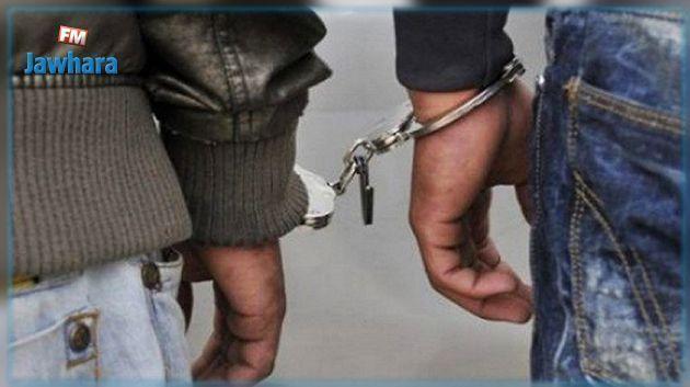 القصرين: القبض على 4 شبان بحوزتهم 70 زجاجة حارقة