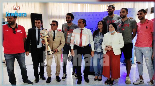 الشركة التونسية للبنك تكرم المنتخب الوطني لكرة السلة (صور)