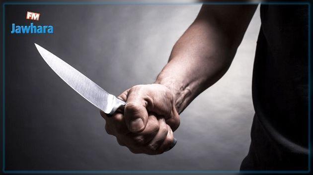 Une femme meurt poignardée devant les yeux de ses enfants