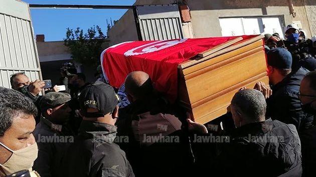 La dépouille du dr. Badeddine Aloui arrive à Kasserine